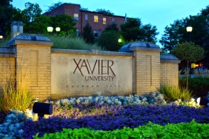 xavier-sign_hertzfeld